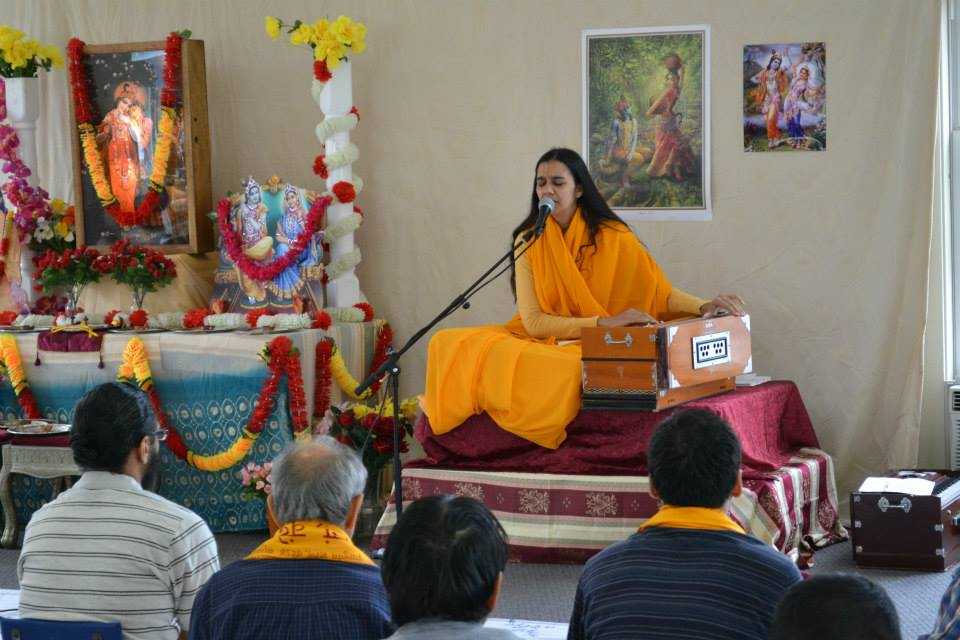 radha-govind-dham-new-york-retreat-2013-10