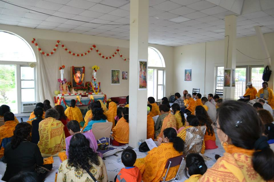 radha-govind-dham-new-york-retreat-2013-11