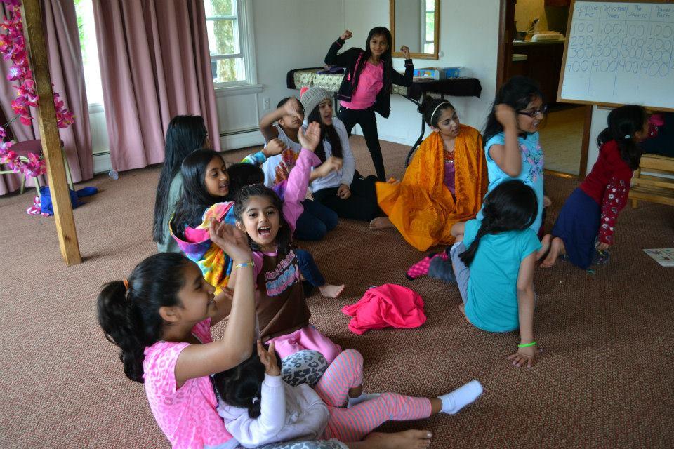 radha-govind-dham-new-york-retreat-2013-13