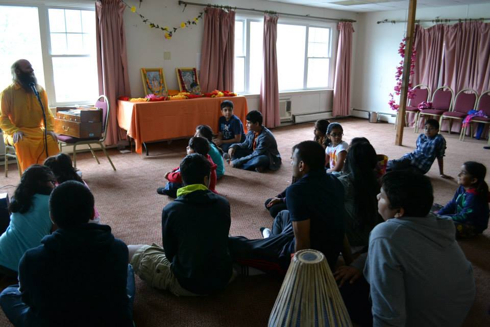radha-govind-dham-new-york-retreat-2013-2