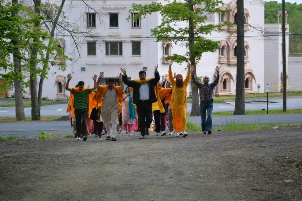 radha-govind-dham-new-york-retreat-2013-33