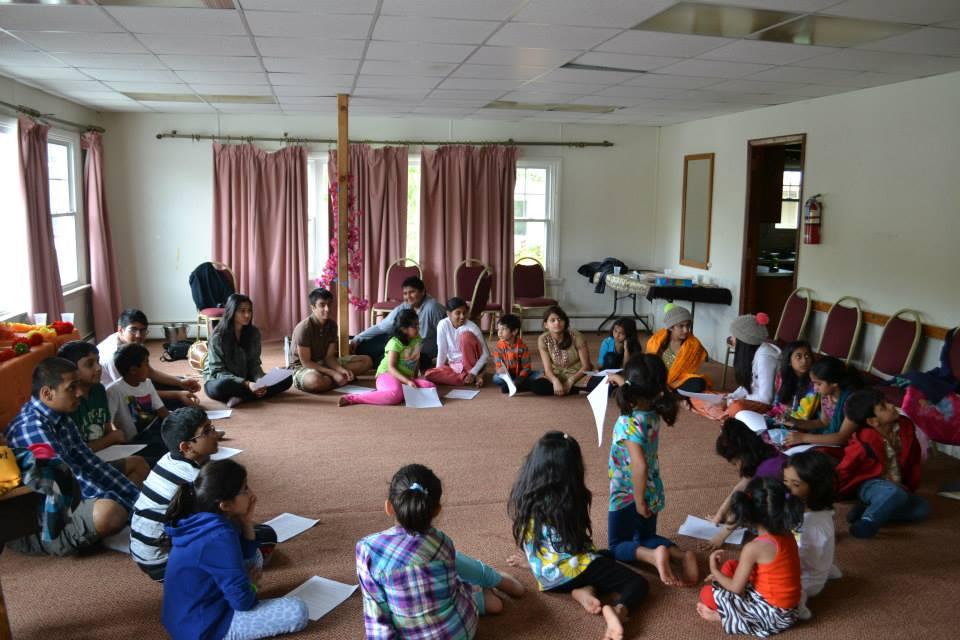 radha-govind-dham-new-york-retreat-2013-6