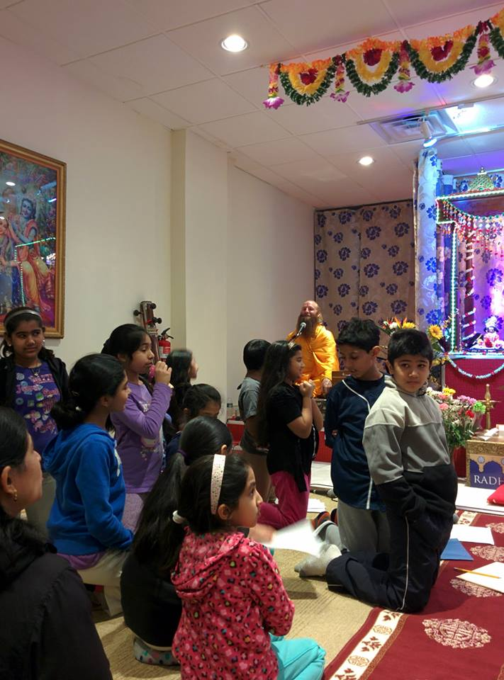 bhagavad-gita-new-york (12)