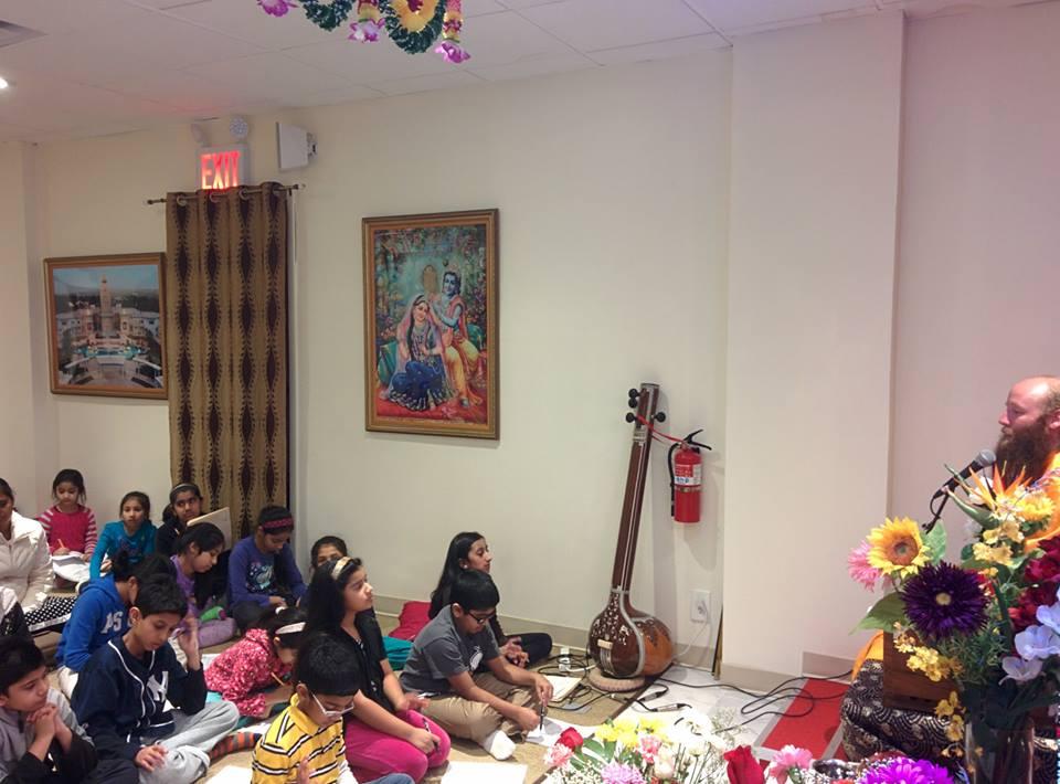 bhagavad-gita-new-york (15)