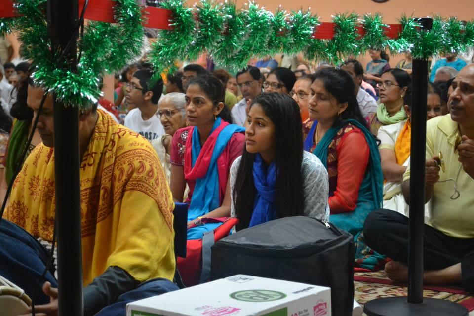 krishna-janmashtami-radha-govind-dham-3
