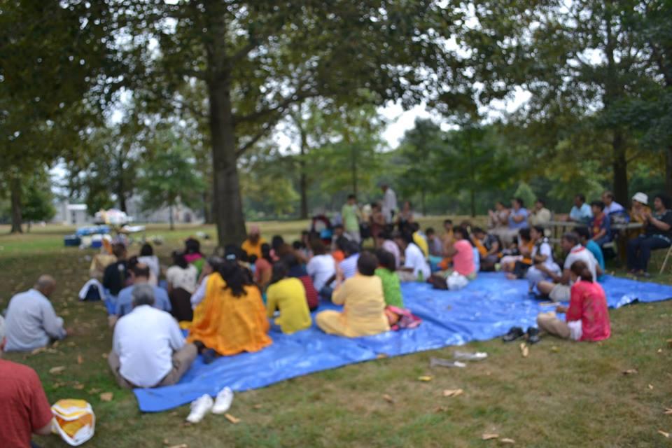 radha-govind-dham-new-york-picnic-3