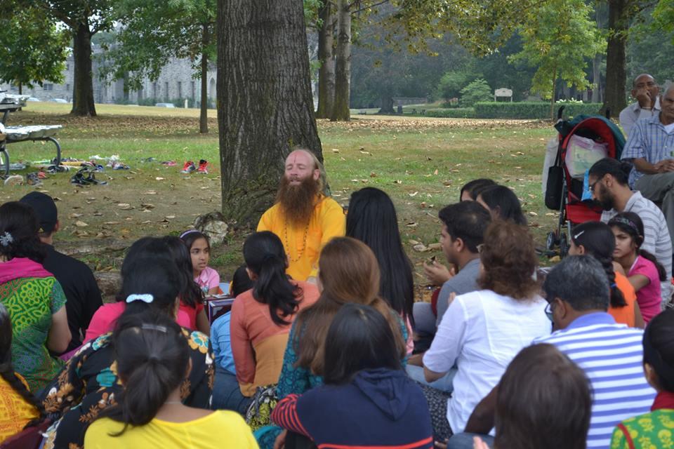 radha-govind-dham-new-york-picnic-5